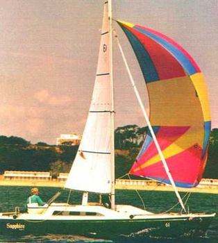 Sailing with spinnaker
