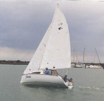 Waller TS 5.4 sailing