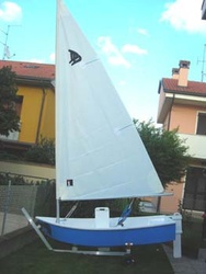 Dixi Dinghy with sailing rig