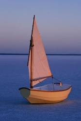 Tender Behind with atypical sail