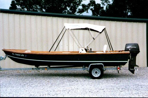 ... Skiff 18. [OB18] A planing vee-hull designed for semi-protected waters