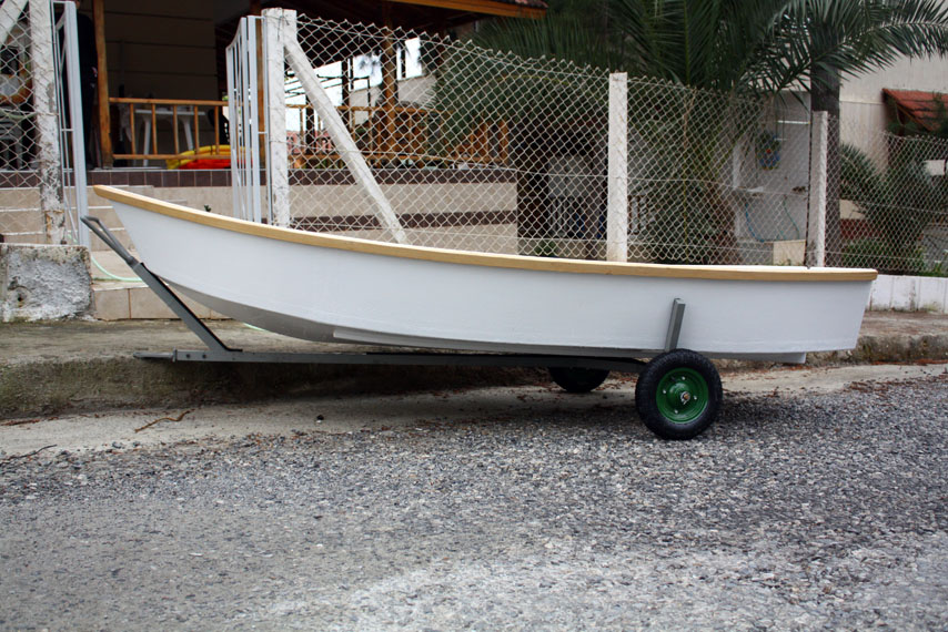 Argie 10. 3:1 plywood dinghie