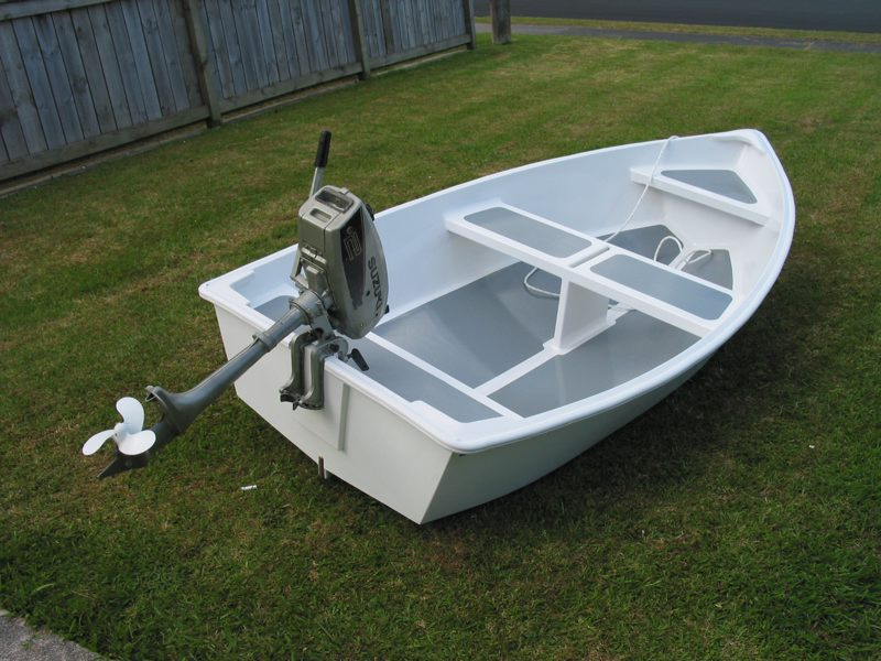 Dixi Dinghy. 3:1 plywood dinghie
